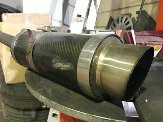 tubo de escape deportivo