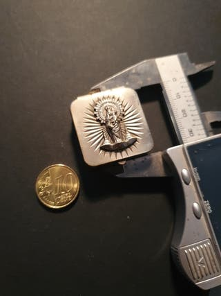 muy antigua caja y medalla virgen del pilar plata