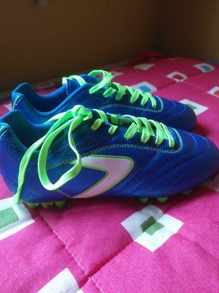 botas de futbol para cesped artificial