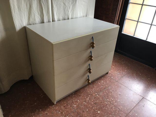 comoda sinfonier de IKEA