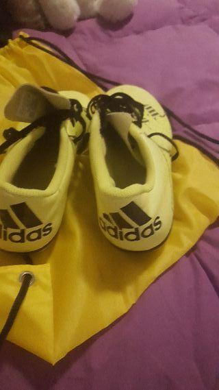 botas fútbol talla 40.5