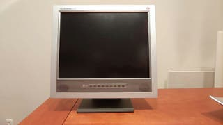 Monitor LG 15''
