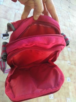 lote de dos bolsos nuevos+ un monedero