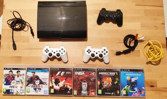 PLAYSTATION PS3 - 500 GB