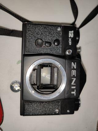 Camara Zenit 12xp