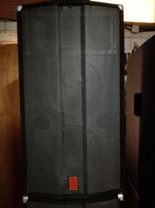 Pareja Altavoces Fender 1200 Ws. Rms