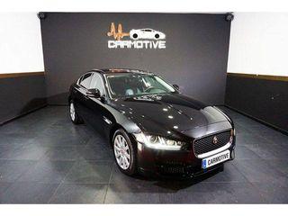 Jaguar XE AJ 200D Diesel Prestige RWD 132 kW (180 CV)