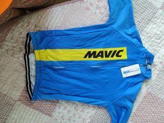 Equipación ciclista Mavic