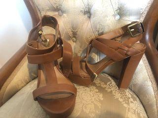 Sandalias marrón Stradivarius talla 39