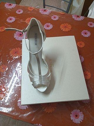 zapatos de novia MENBUR