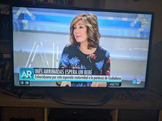 """Televisión LG 42"""" ( 42LA620S) SmartTV 3D"""