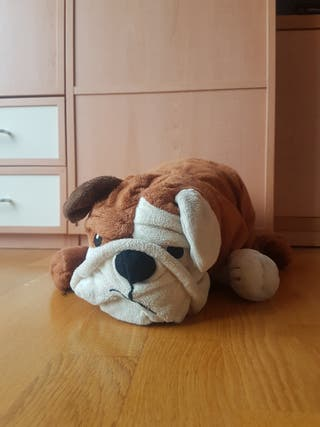 Perro de peluche