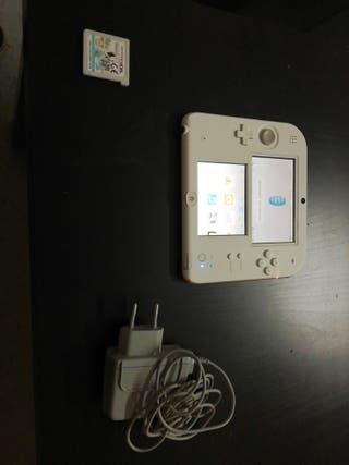Nintendo 2ds +juego