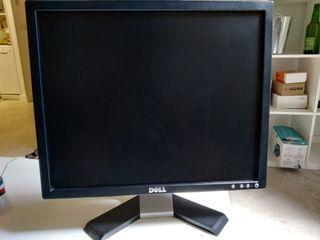 """Monitor Dell LCD 19"""" + Monitor AvanHard TFT 22"""""""