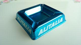 Antiguo cenicero de Alitalia