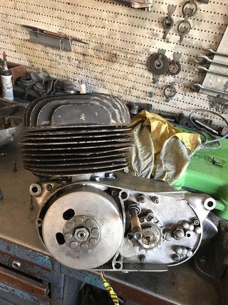 Motor bultaco metralla 62