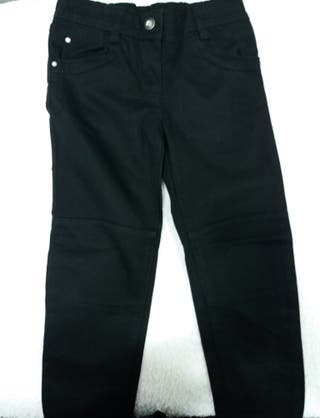 pantalon orc negro talla 5 años