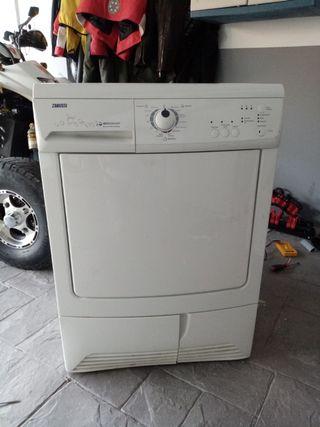 secadora zanussi 8kg condensación