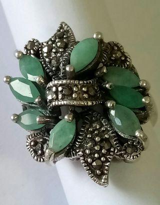 Anillo francés antiguo de plata y esmeraldas