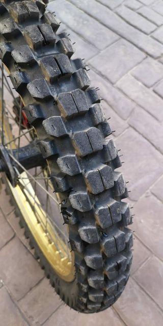 Neumáticos MotoZ Tractionator