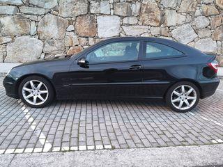 Mercedes-Benz 220cdi sportcoupe