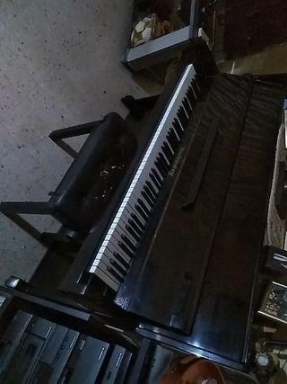 piano Beschtiemburg