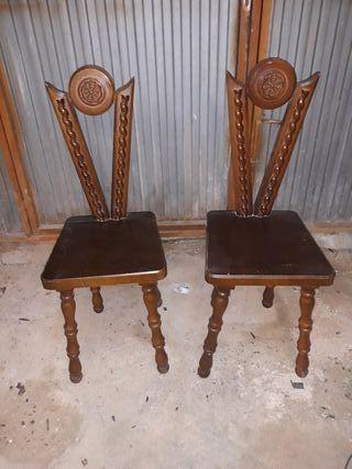 vendo dos sillas de madera
