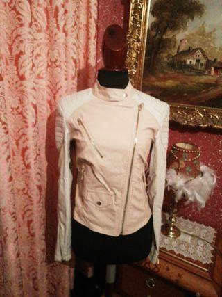 Cazadora chaqueta talla M nueva polipiel rosa beis