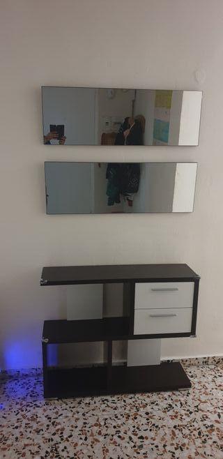 recibidor con 2 espejos