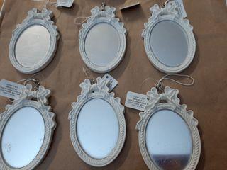 Lote de 6 espejos pequeños en escayola.