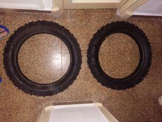 neumáticos Michelín para motocross o enduro.