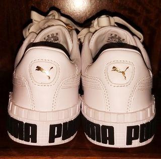 Zapatillas Puma White Metallic. Mujer