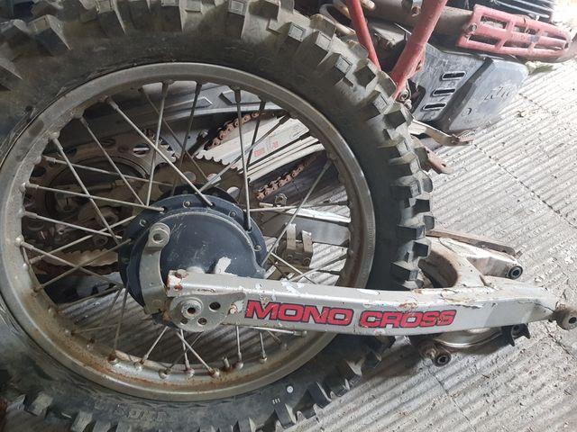 basculante y rueda Yamaha dt 125