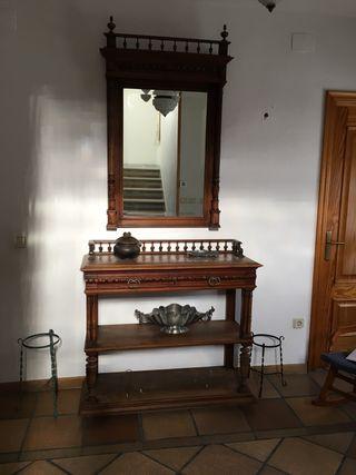Vendo consola más espejo , antigua