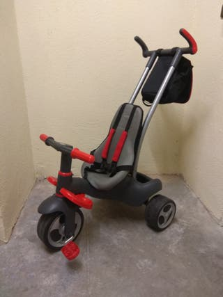 Triciclo, silla Portabebe, medidor y parking coche