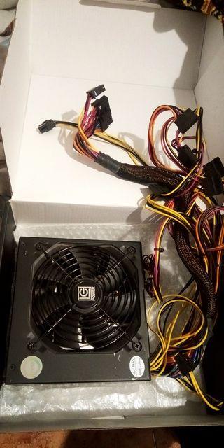 Fuente de alimentación LC Power PSU ATX 550W