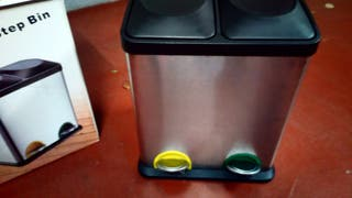 Cubo doble para reciclage