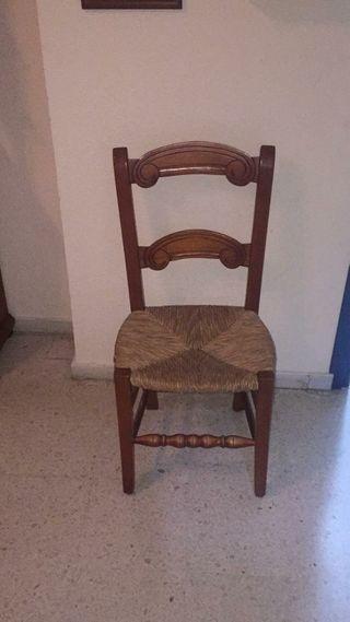 mesa comedor dos sillones 4 sillas