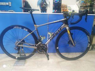 bicicleta de carretera Giant Defy ADV pro 1