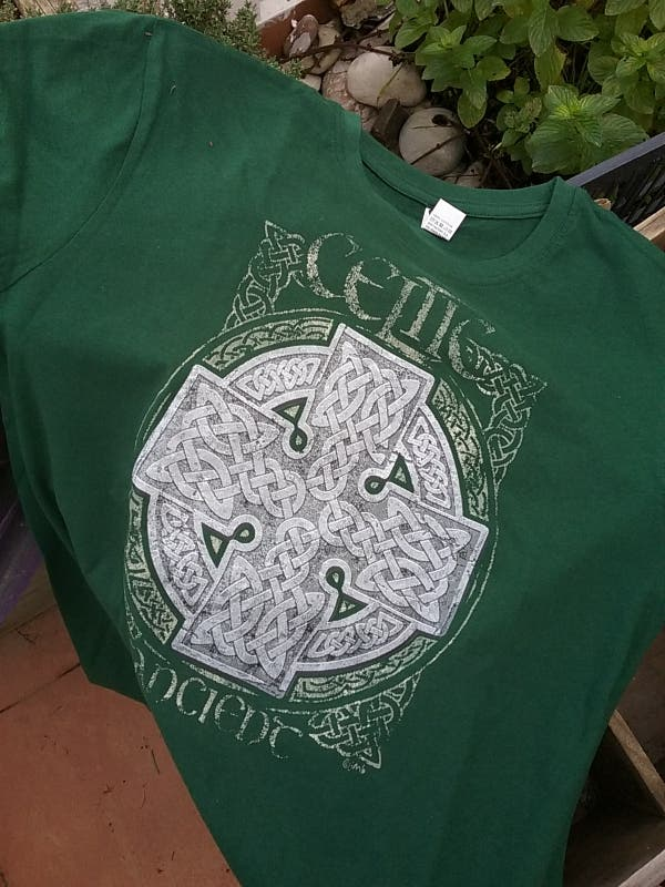 Camiseta celta.