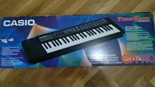 TECLADO / PIANO ELECTRÓNICO CASIO CA 110