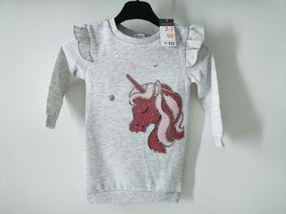 Vestido gris con lentejuelas y unicornio para niña