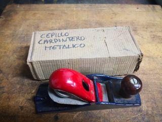 bricolaje madera cepillo carpintero mantenimiento