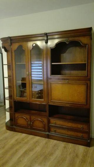 Mueble con vitrina salon-comedor
