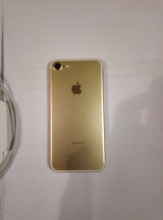 Iphone 7 dorado (128GB)