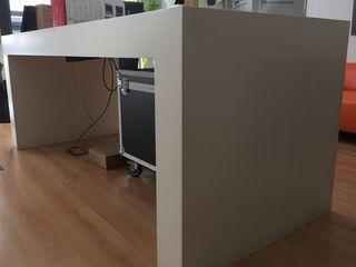 Mesas Blancas Exposición