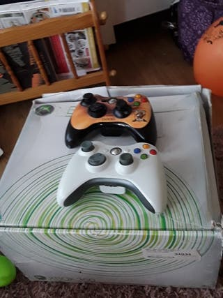 xbox 360 racing wheel and the xbox 360 console
