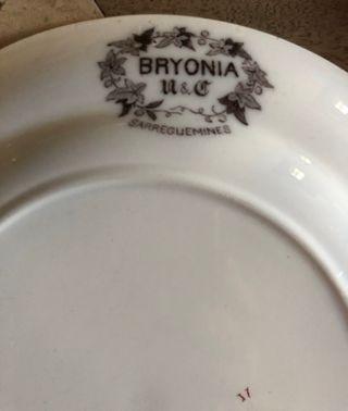"4 assiettes Sarreguemines ""Bryonia"" +1 Rorstrand"