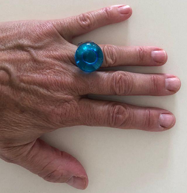 bague en verre soufflé bleue taille 51-52