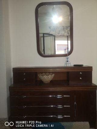 dormitorio de matrimonio armario mesitas y cómoda